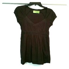 Zara- Basic T-shirt Great for jeans or maybe a skirt if your going to a lunch in. Very comfortable and flattering. Its a brown grey color. Has been worn a few times before. Please feel free to ask me questions and send me offers. Zara Tops Tees - Short Sleeve