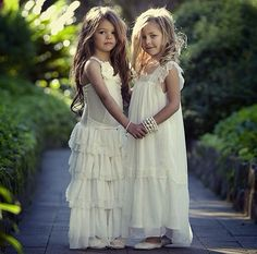 For my twin flower girls - I want something like this