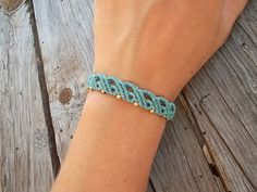 Macrame bracelet made whit resistant waxed thread by LunaticHands