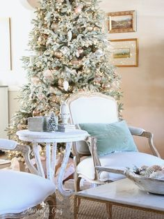 romantic christmas living room flocked tree in french country style room Country Christmas Trees, French Country Christmas, Modern French Country, French Country House, French Country Decorating, Cozy Christmas, Christmas Ideas, Country Christmas Decorations, Holiday Decor