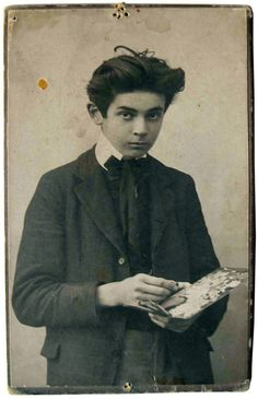 Egon Schiele at fifteen / Egon Schiele with palette, September 1906, Vienna, Leopold Museum