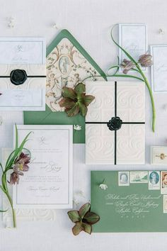 Verified @greyandcake made this beautiful spring-infused invitation suite come to life with sublime details! 🖤 It's safe to say, the mood and vibe of this set styled by @kalebnormanjames was captured perfectly thanks to @_mikeradford. Double-tap if you're in love with all of these details too! 👏   Photography: @_mikeradford #stylemepretty #weddinginvitations #greenwedding #springwedding Creative Wedding Invitations, Wedding Invitation Envelopes, Watercolor Wedding Invitations, Wedding Invitation Design, Wedding Stationary, Custom Invitations, Invitation Cards, Wedding Cards, Wedding