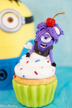 Cupcake with purple Minion