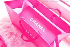 Chanel in pink Pink Love, Pretty In Pink, Bright Pink, Bling Bling, Mademoiselle Coco Chanel, Fendi, Couleur Fuchsia, Magenta, Rosa Pink