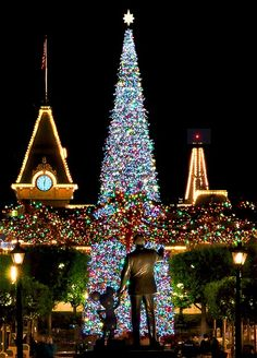 The happiest place on earth by night, spectacular!