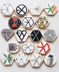 Park Chanyeol Exo, Kpop Exo, Kyungsoo, Exo Lockscreen, Exo Memes, Wallpaper App, Bakery, Idol, Fandom