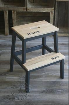 Idea about Ikea Furniture Makeover: Bekväm foot stool. Cheap and easy! [ DIY-ikea-bekvam-scaletta-sgabello-dipingere-modifica ] - July 27 2019 at Ikea Furniture Makeover, Ikea Makeover, Ikea Furniture Hacks, Furniture Making, Home Furniture, Furniture Projects, Diy Projects, Chaise Ikea, Ikea Chair