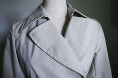 Banana Republic Khaki Raincoat Trench Coat Belted Unlined Snap Button Jacket XS #BananaRepublic #Trench