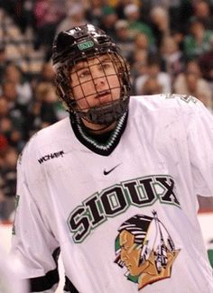 5595820e3 TJ Oshie former Fighting Sioux and St.