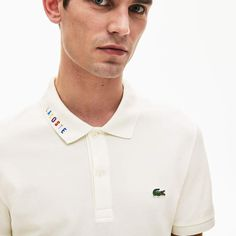 A stylish Lacoste polo shirt in stretch cotton mini piqué with a multicolour signature embroidery on the collar. Slim fitting for a resolutely elegant look. Lacoste Shop, Lacoste Polo Shirts, Polo Shirt White, Pique Polo Shirt, Moda Polo, Polo Shirt Outfits, Polo Shirt Design, Mexican Outfit, Camisa Polo