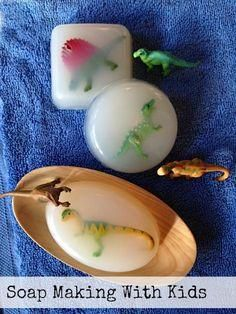 Fun dinosaur egg DIY soap making project to do with the kids from @Artchoo!