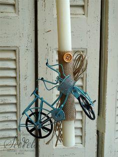 Χειροποίητη λαμπάδα πασχαλινή με ποδήλατο για αγόρια, annassecret, Χειροποιητες μπομπονιερες γαμου, Χειροποιητες μπομπονιερες βαπτισης Candle Making, Candle Sconces, Wall Lights, Candles, Easter Ideas, Home Decor, Light Bulb Vase, Candle, Appliques