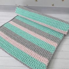 Well Woven Bright Geometric Square Multi-Color Block Modern Kids Area Rug - Multi - x Crochet Mat, Crochet Carpet, Diy Crochet And Knitting, Crochet Blanket Patterns, Learn To Crochet, Knitting Stitches, Knitting Patterns, Free Crochet, Crochet Decoration