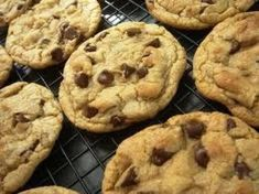 Marilyn's Freezer Chocolate Chip Cookies