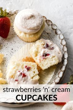 Strawberries and cream cupcakes are made using my best vanilla cupcakes filled with a creamy strawberry filling and frosted with strawberry cream cheese frosting! Strawberry Cream Cheese Frosting, Strawberry Filling, Strawberry Cupcakes, Vanilla Cupcakes, Strawberry Recipes, Strawberries And Cream, Mojito Cupcakes, Frozen Cupcakes, Cupcake Recipes