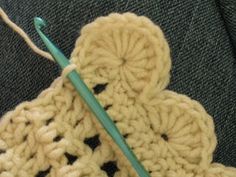 Crocheted Scalloped Border Tutorial