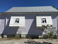 Purple conch house, white palm tree shutters. Conch House, West Home, Victorian Cottage, Cottage Style Homes, Florida Home, Key West, Shutters, Porches, Palm Trees