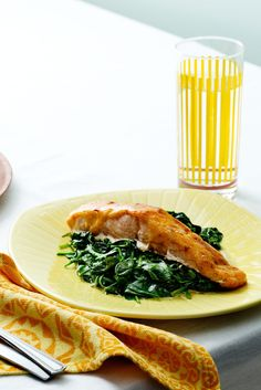 Keto Chili-Covered Salmon with Spinach — Recipe — Diet Doctor Keto Foods, Salmón Keto, Ketogenic Recipes, Diet Recipes, Lchf, Paleo, Diabetes Recipes, Ketogenic Diet, Healthy Recipes