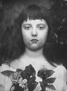 Florence Fisher by Julia Margaret Cameron, England, l Victoria and Albert Museum Julia Margaret Cameron Photography, Julia Cameron, Portraits, Portrait Photographers, Famous Photographers, Vintage Photographs, Vintage Photos, Vintage Portrait, Museum Of Childhood