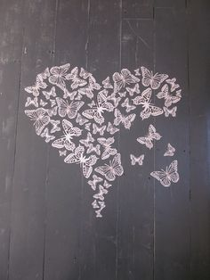 paper butterfly wall art in soft pink a big set of 55 pieces --- Perfect to make a heart shape. by ana paula di domenico Butterfly Project, Butterfly Wall Art, Butterfly Cutout, 3d Paper, Paper Crafts, Canvas Wall Art, Canvas Frame, Origami, Insect Art