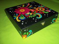 Cajas De Madera Pintadas A Mano - $ 79,00 en MercadoLibre