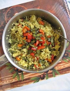 quinoa with roasted green beans and turmeric