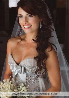 Prospective wedding hair, half up, half down. Half traditional, half modern [: