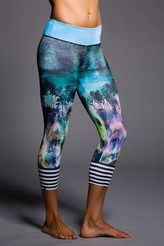 Onzie Graphic Capri - Hot Yoga Clothing, Bikram Yoga Clothes, Core Power Yoga http://tipsalud.com