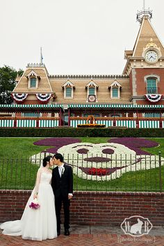Disneyland Wedding {White Rabbit Photo Boutique}. So excited to photograph one of these soon! :D Swan Photography heads to California! :D