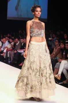 Monica & Karishma   Lakme Fashion Week 2014 0631 width=