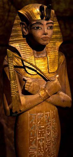 Ushabti of Tutankhamun found in the KV62 tomb of king Tutankhamun, from the 18th Dynasty of Egypt's New Kingdom