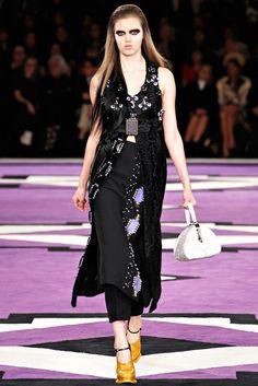 Prada Fall 2012 Ready-to-Wear Fashion Show - Lindsey Wixson