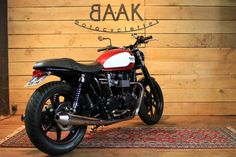 Take a look at a couple of my well liked builds - modified scrambler motorcycles like this Motor Cafe Racer, Triumph Bonneville T100, Biker Gear, Scrambler Motorcycle, France, Triumph Motorcycles, Classic Mini, Car Insurance, Cool Bikes
