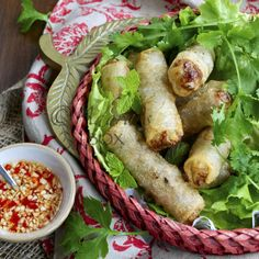 VIETNAMESE FRIED SPRING ROLLS with Sweet Garlic and Chilli Dipping Sauce Recipe