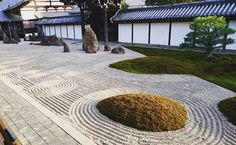 #京都 にある#東福寺 へ紅葉を見に行き、日本庭園も観賞しました。 It's Japanese garden of Tofuku-ji in Kyoto, Japan. #japan #Kyoto #tofukuji #temple #japanesegarden #garden #naokijp