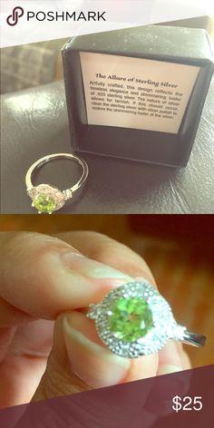 AVON BIRTHSTONE RING 💍 SS AVON Sterling silver AUGUST birthstone ring 💍 SIZE 6 Avon Jewelry Rings