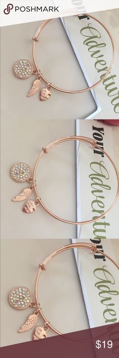 💕Live the dream bracelet 💕 Iridescent stones 💕adjustable 💕rose gold color💕base metal rhodium plated💕 Jewelry Bracelets
