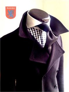 High cutaway with jutting tie. Smart and stylish.