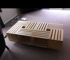 54 Coffee Table Decorating Ideas to Get a Statement Point of Your Living Room - Living Room Decor - Living Room Table Diy Crate Coffee Table, Crate Table, Cool Coffee Tables, Decorating Coffee Tables, Pallet Coffee Tables, Diy Wood Stain, Crate Furniture, Diy Holz, Wooden Crates