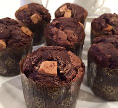 Muffins tres chocolates Valencia, Tres Chocolates, Muffins, Cupcakes, Breakfast, Food, Buns, Fairy Cakes, Cookies