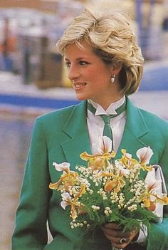 April 24, 1985:  Princess Diana in Livorno during an official visit to Italy. Diana wears a suit and tie Jasper Conran.