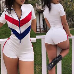 sporty patchwork zipper romper like Curvy Girl Fashion, Plus Size Fashion, Chica Dark, Sexy Outfits, Cute Outfits, Sweet Jeans, Women Swimsuits, Ideias Fashion, Sexy Women