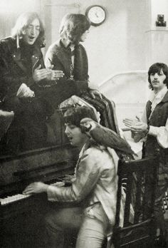 "beatles-lover-natalia: ""doraemonmon: ""The Beatles and a parrot "" Can I be that bird…. """