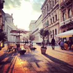 Siracusa: Via Minerva - Ortigia, Syracuse >> Scopri le Offerte! Places In Italy, Places To Go, Beautiful Places To Visit, Amazing Places, Beautiful Things, Syracuse Sicily, The Beautiful Country, Rest Of The World, Beautiful Islands