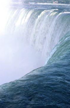 ** Niagra Falls, Canada