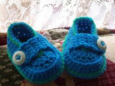 Free Crochet Baby Shoes Patterns   Crochet Pattern Central - Free Shoe and Sandal Crochet Pattern Links