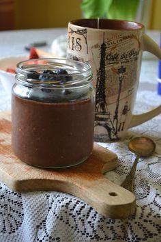 Nocny kakaowo-bananowy krem z mleka z proszku