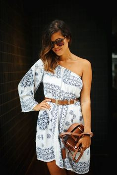 4 WAYS TO WEAR YOUR OFF THE SHOULDER DRESS (OK, IT'S ACTUALLY 5)