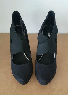 Black high heels, Depèche