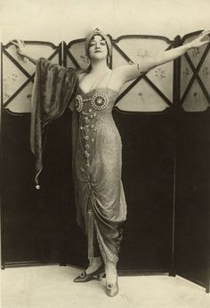 "Dorothy Jardon is dressed as Bimboula, a Persian woman, from the musical comedy ""Oh! Oh! Delphine"" in which she appeared at the Shaftsbury Theatre in London. @designerwallace"